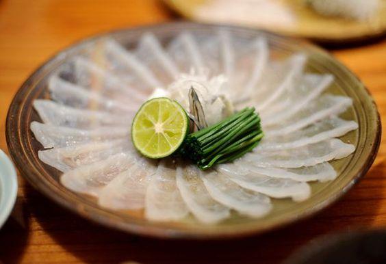 Naoki-Fugu-plato japones